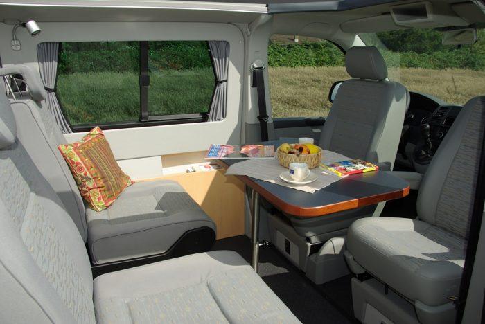 VW Multi Style Flexible Table
