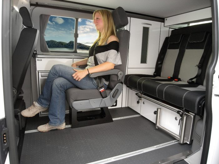 VW T6 Trio Style Extra Seat