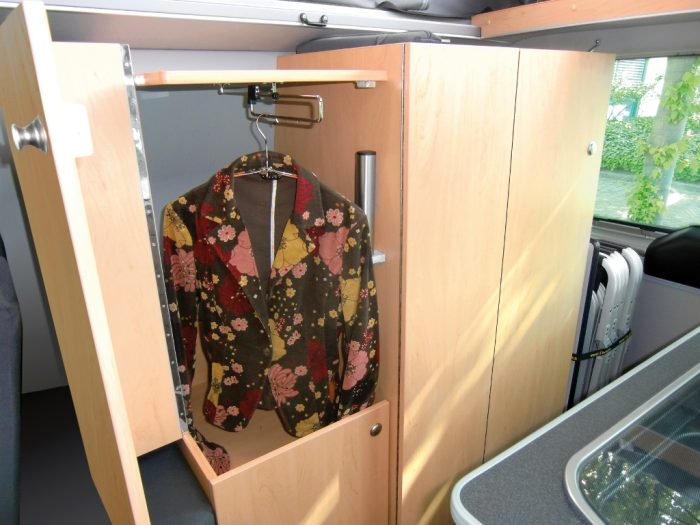 VW Multi Style Hanging Space